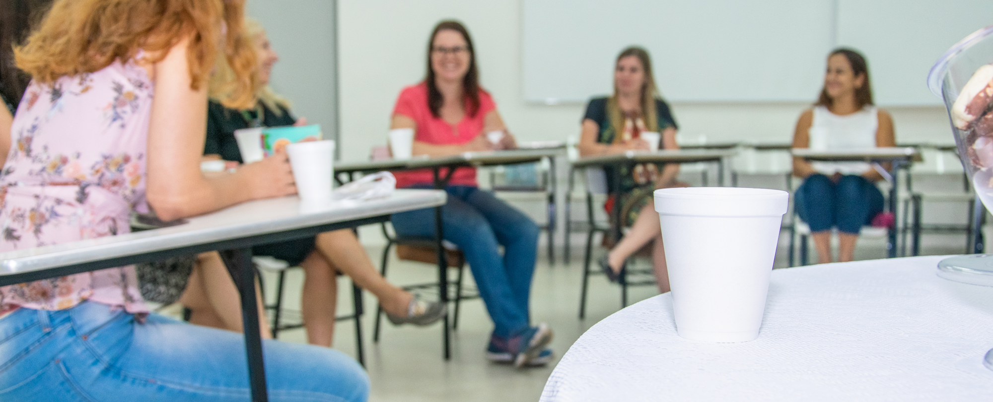 Chá em Roda de Conversa fomenta diálogo sobre saúde mental na infância